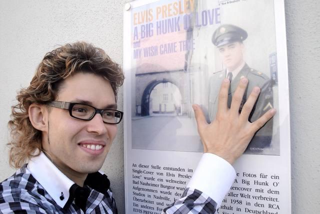 Википедия Муса Рустамович Маликов певец, музыкант, композитор, татарский Робертино Лоретти