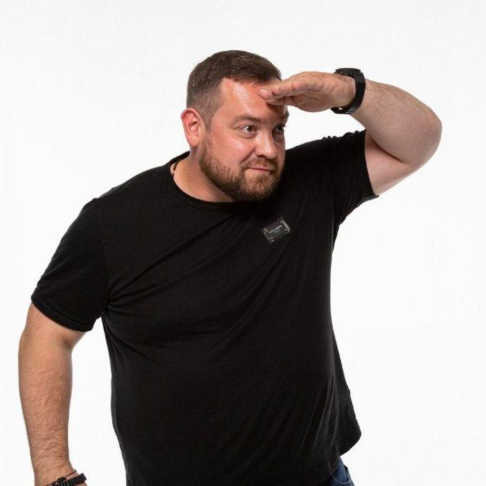 Википедия Эрик Давидыч (Эрик Давидович) телеведущий, гонщик, блогер Эрик «Давидыч» Китуашвили