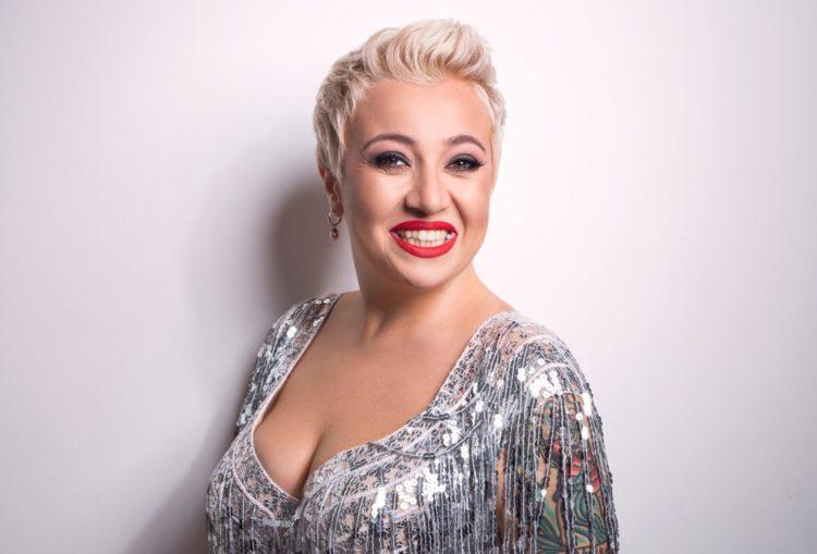 Википедия Теона Контридзе певица и ведущая из Тбилиси