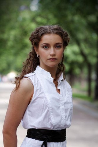 Википедия Хорошилова Дарья Викторовна актриса (Дарья Аносова)