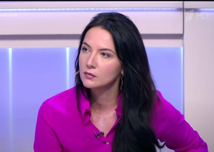 Википедия Кира Львовна Сазонова доцент и политолог